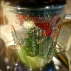 Green smoothie recipe. MomsicleBlog