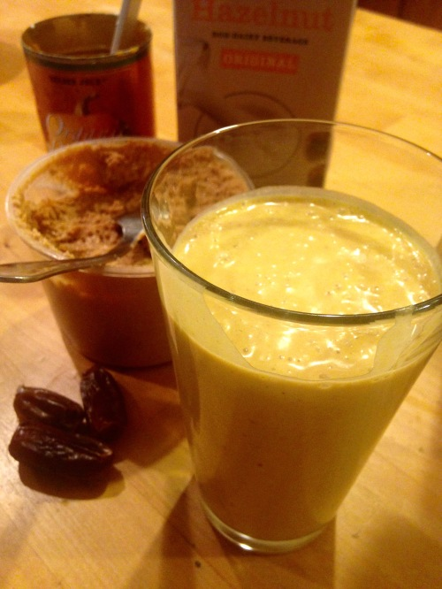 Fall Pumpkin Smoothie Recipe. MomsicleBlog